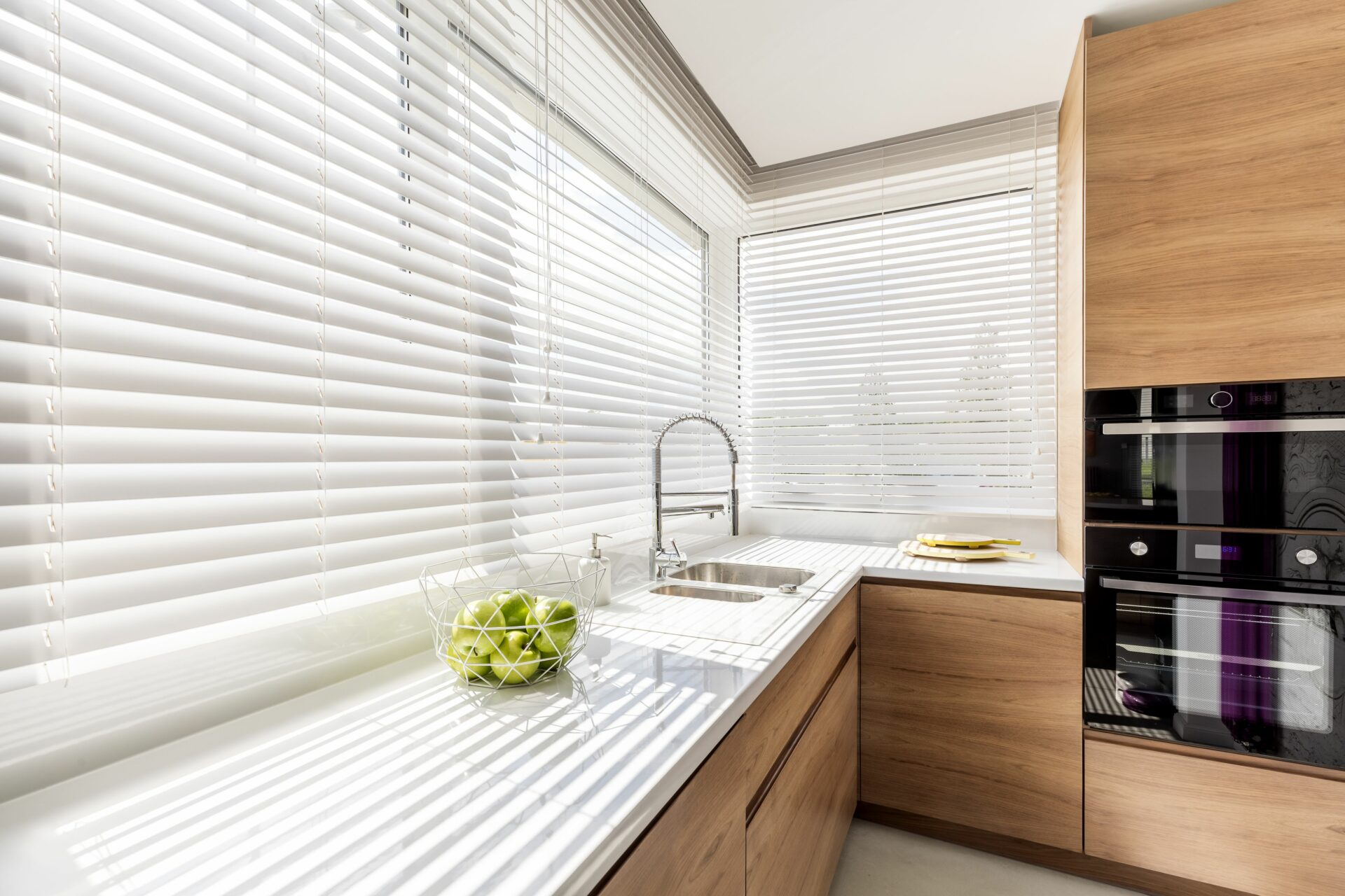 Aluminum blinds for contemporary kitchen